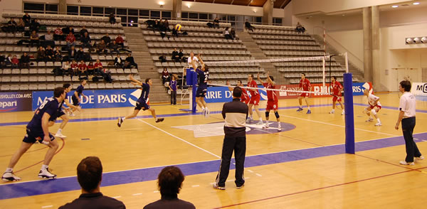 Attaque du Paris volley.