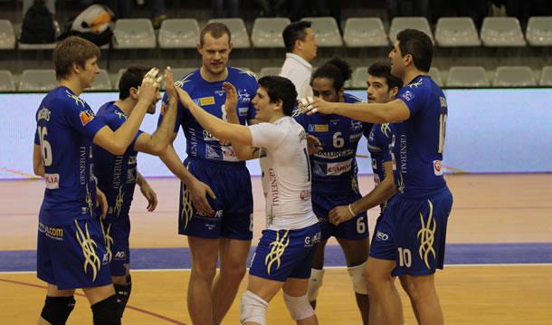 Equipe de l'Avignon VB saison 2012-2013.