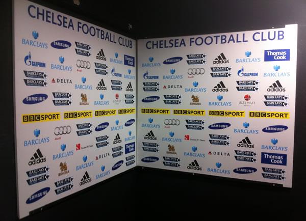 Le coin interview télé (pour la BBC) du stade de Chelsea.
