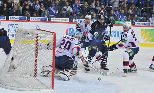 Medveščak - Dynamo de Moscou (photo KHLhr)