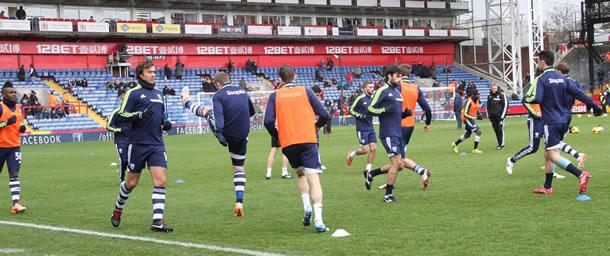 L'équipe de West Bromwich Albion à l'échauffement.