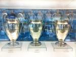 Armoire à trophées : la Coupe d'Europe des clubs champions de l'UEFA.
