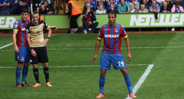 Marounae Chamakh à la pointe de l'attaque de Crystal Palace.