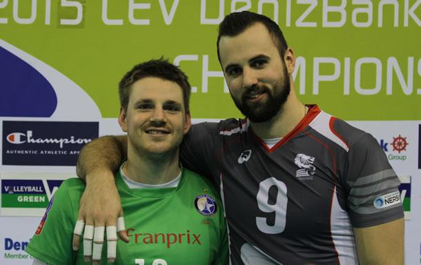 Georgy Grozer (9)l'attaquant de pointe de la sélection allemande avec son compatriote, international allemand lui aussi, le parisien Markus Steuerwald.