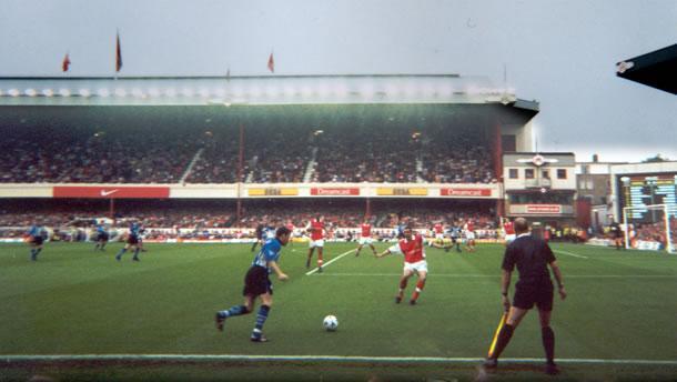 Arsenal_SheffieldWednesday2000a610