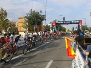 Ultime kilomètre lors de l'arrivée à Lleida. Crédit @polclosa