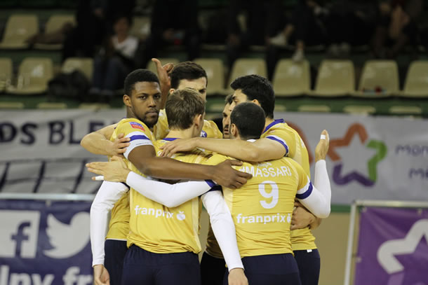 Paris Volley version 2015 / 2016