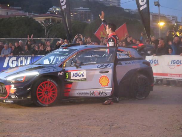 La voiture de Thierry Neuville le vainqueur de l'épreuve 2017.