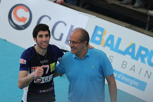 Avec son père Marcelo Mendez à l'issue de la demi finale victorieuse du championnat de France 2016.
